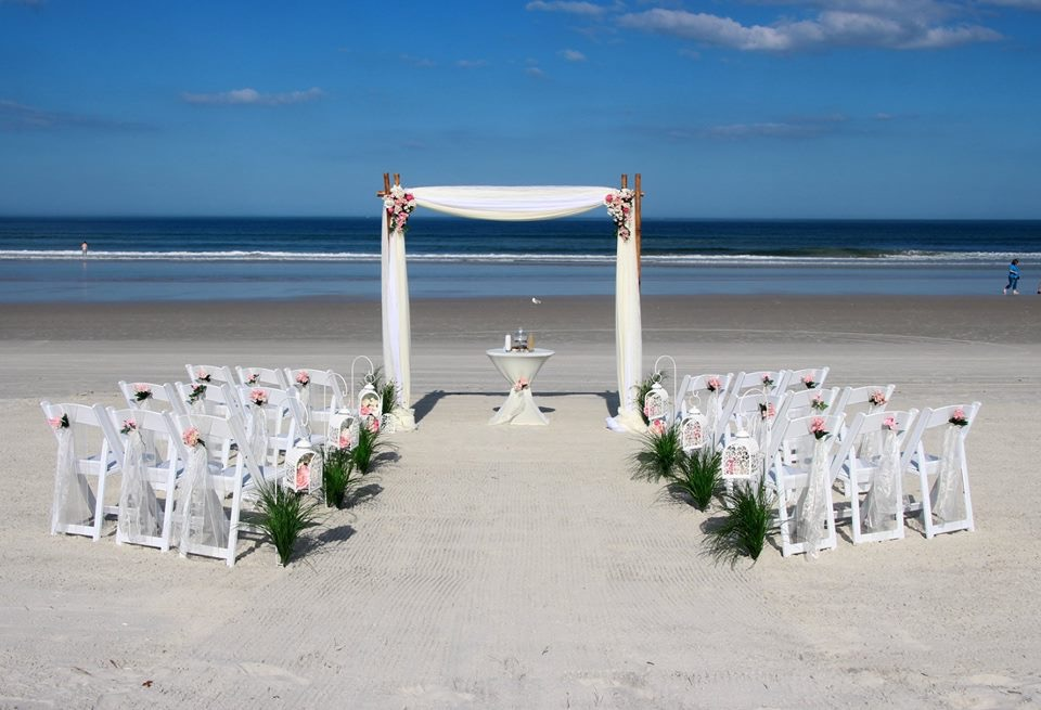 Beach Wedding Ceremony: Affordable Daytona Beach Weddings